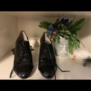 saks 5th avenue high heeled booties